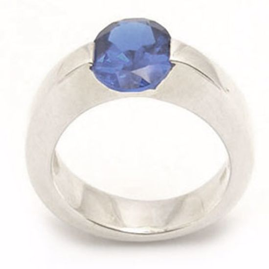 Picture of Sterling Silver Ladies' Ring with Oval shape Blue Spinal CZ stone
